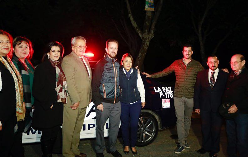 Banck entrega a vecinos organizados de La Paz una nueva patrulla