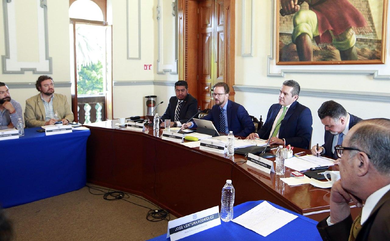 Realizó gobierno municipal de Puebla Mesa de seguridad y justicia
