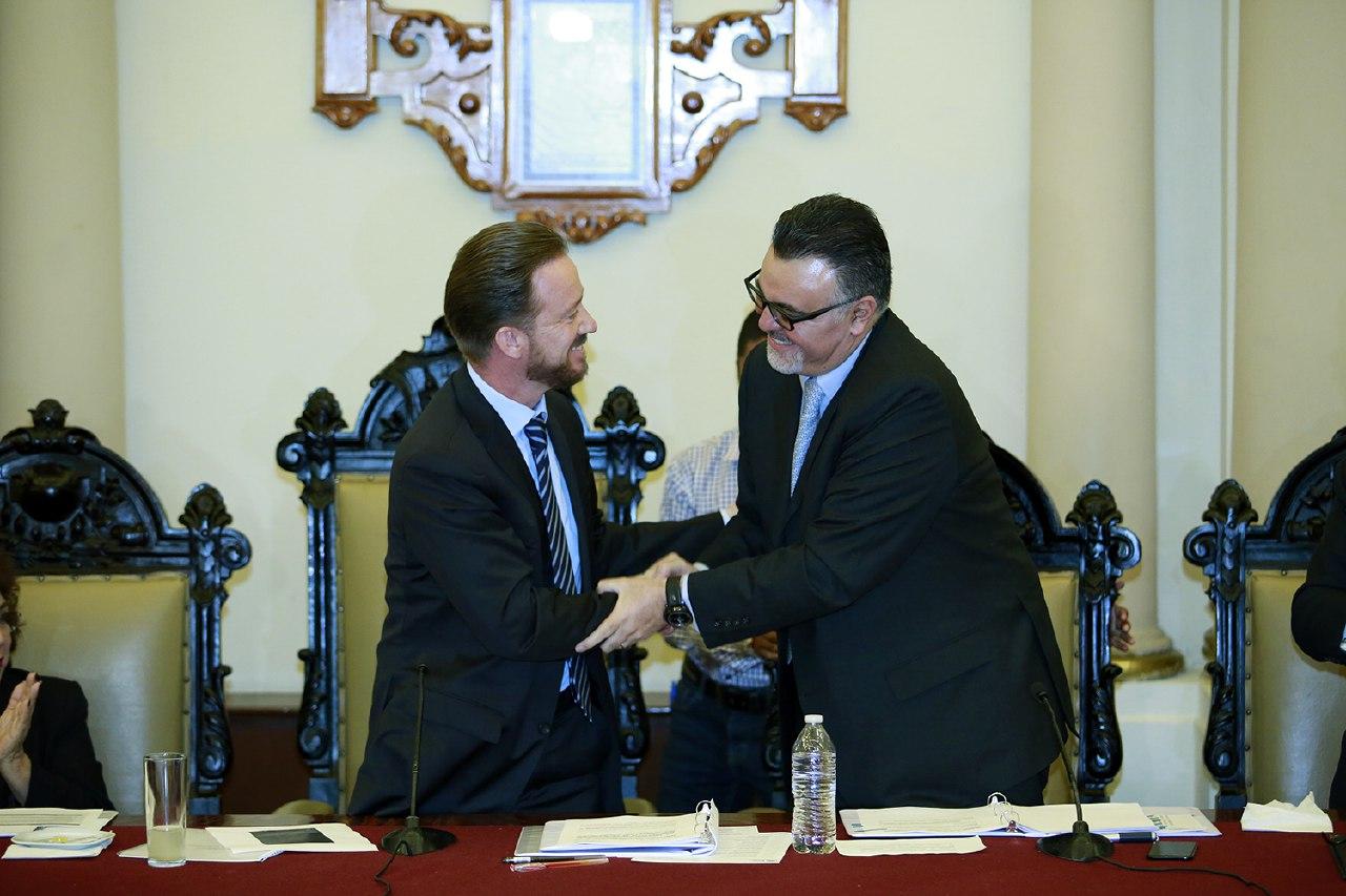 Aprueban a Soberanes Reyes como Secretario del Ayuntamiento de Puebla