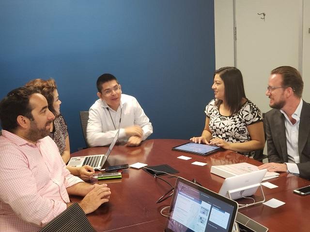Banck y Claudia Rivera comparten experiencias con expertos del BM