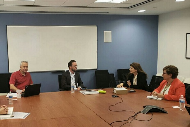Se reúne Banck con directora de Fundación Panamericana para el Desarrollo