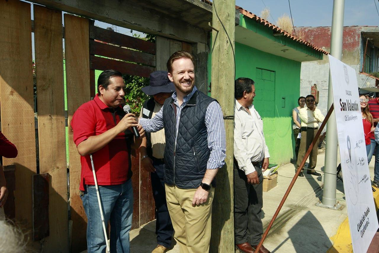 Luis Banck supervisó vialidad con familias de Santa Margarita