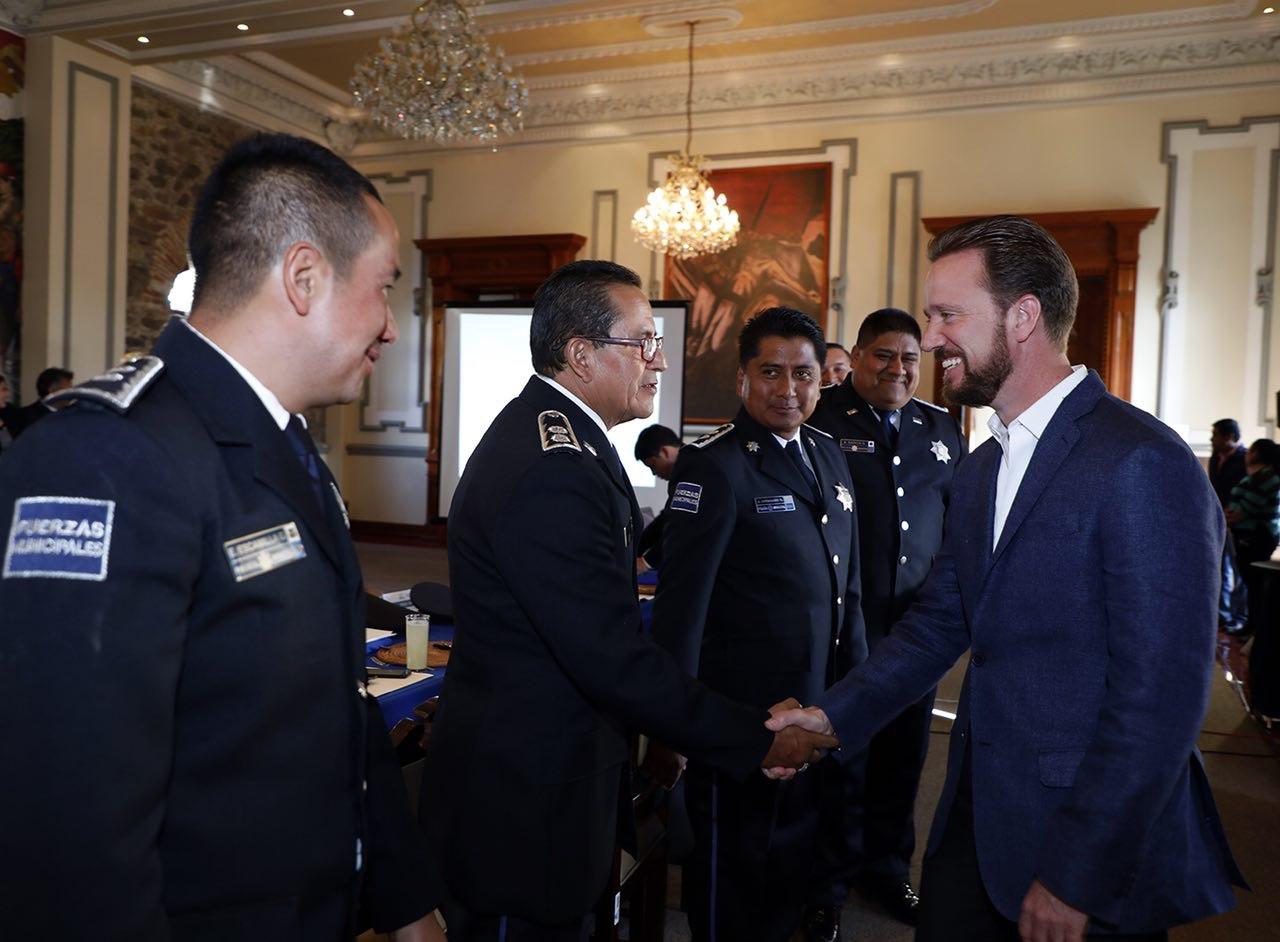 Banck pide a agentes de seguridad reforzar labores ante el Buen Fin