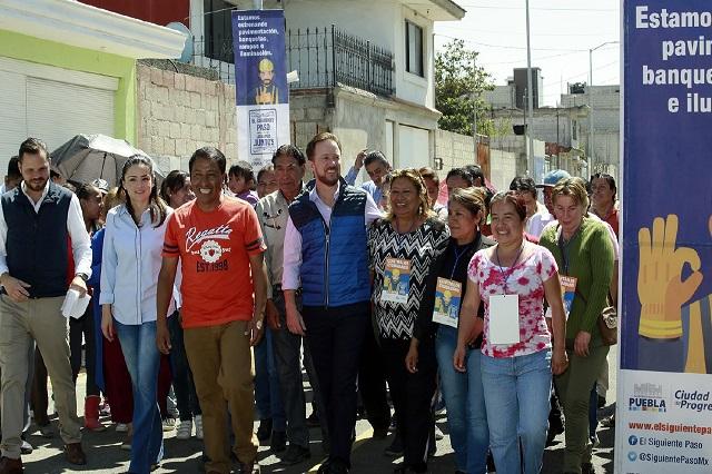 Se benefician con pavimentación más  de mil familias de La Resurrección