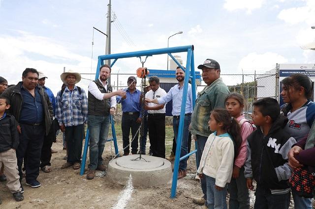 Entrega Banck obras de drenaje en San Andrés Azumiatla