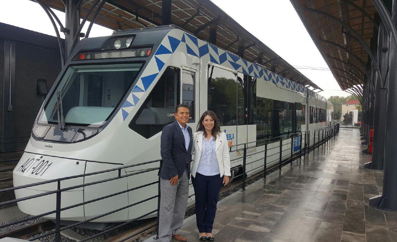 Intercambian Puebla y Colima experiencias en transporte