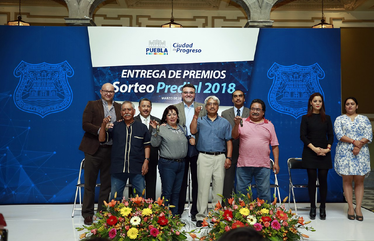Ayuntamiento de Puebla premió a ganadores del Sorteo Predial 2018