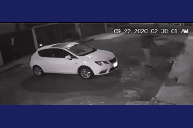Con metralleta intentan asaltar a mujer en Puebla (Video)