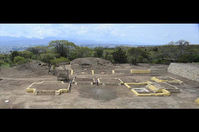 Descubren en Tehuacán altares de sacrificio a deidad prehispánica