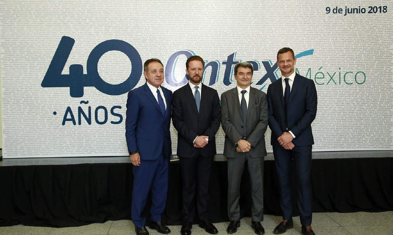 Gobierno capitalino reconoce a Grupo Ontex por labor de 40 años