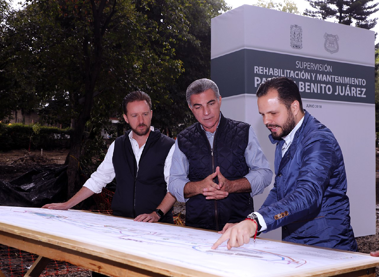 Gali y Banck supervisan obras de rehabilitación del Parque Juárez