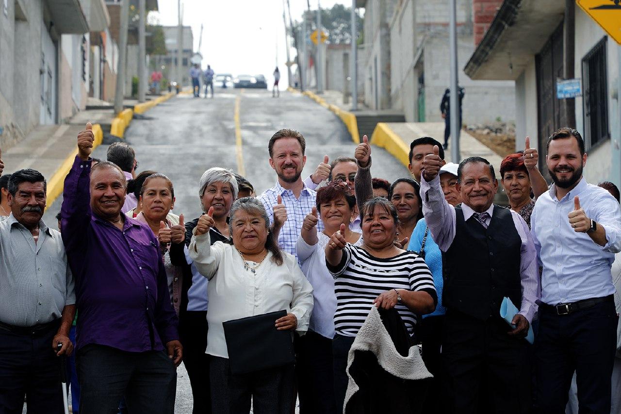 Banck y vecinos de El Encinar supervisan vialidad  Morelos