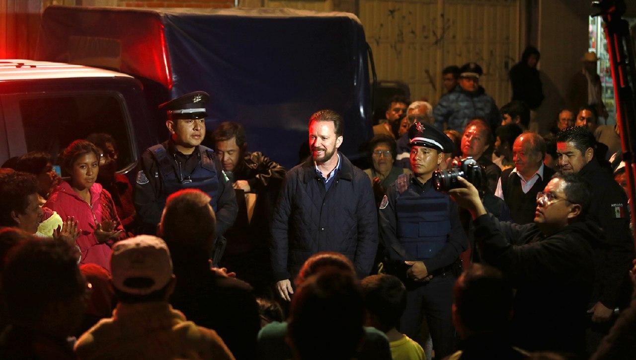 Luis Banck entregó patrulla  equipada a vecinos de Santa Margarita