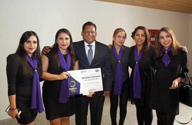 Entrega SEP Premio Estatal de la Juventud 2018 a 22 poblanos