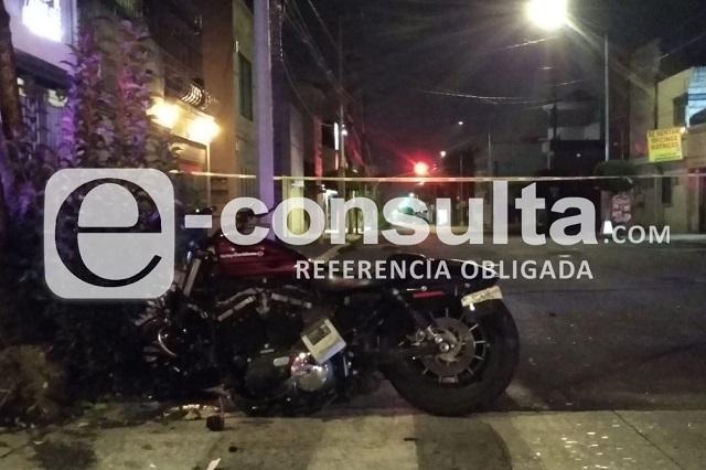 Muere motociclista al chocar contra auto en Chulavista