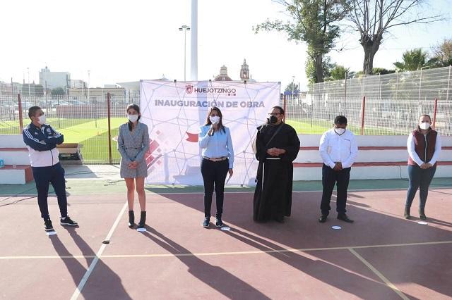 Entrega Angélica Alvarado Complejo Deportivo integralmente renovado
