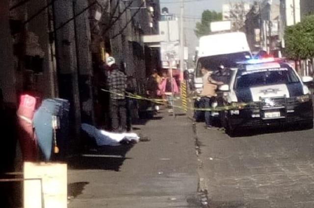 Muere indigente en calles céntricas de Puebla capital