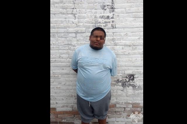 En Tehuacán cae 'El Wicho' y 3 narcomenudistas que usaban taxi