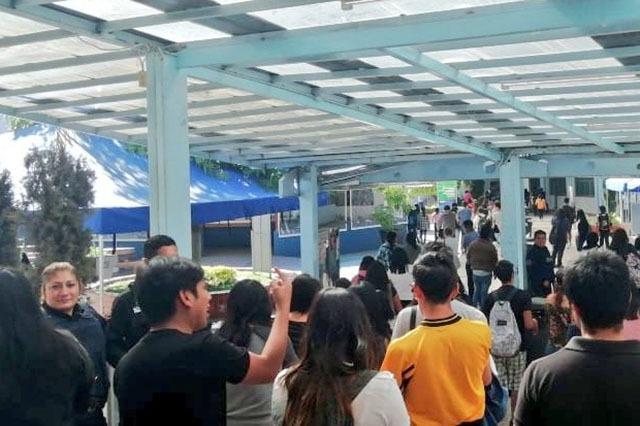 Por amenaza de bomba evacuan la Facultad de Lenguas de la BUAP