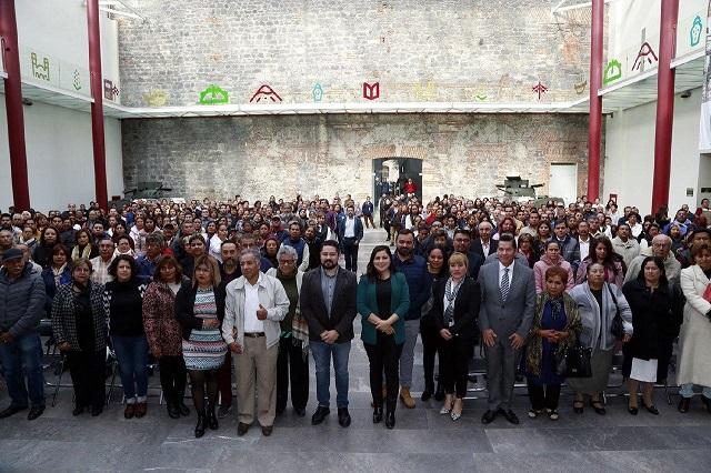 Toman protesta Mesas Directivas de Vecinos en Puebla capital
