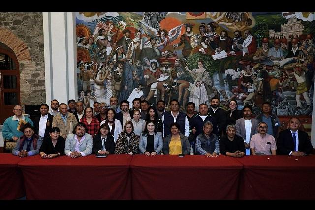 Integran red de trabajo con líderes de colonias de Puebla capital