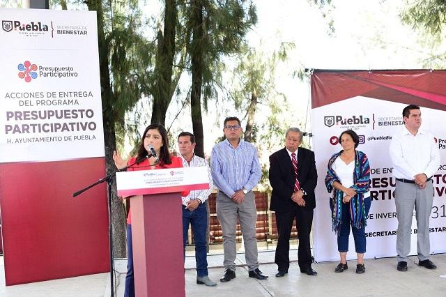 Dignifican espacios escolares en la junta Romero Vargas