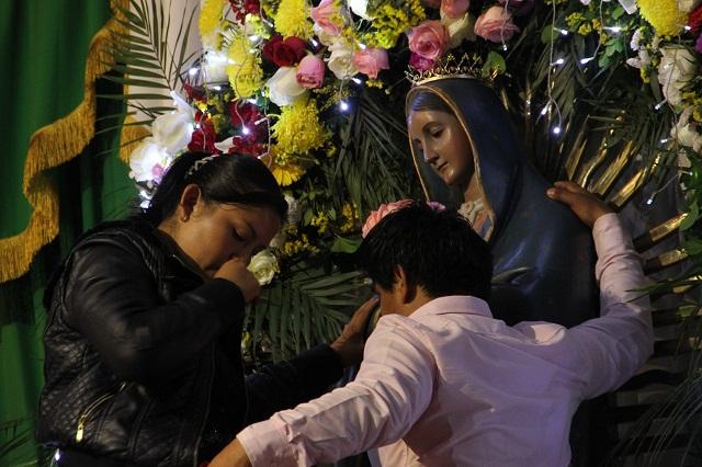 Calculan 500 mil peregrinos en La Villita y el Seminario