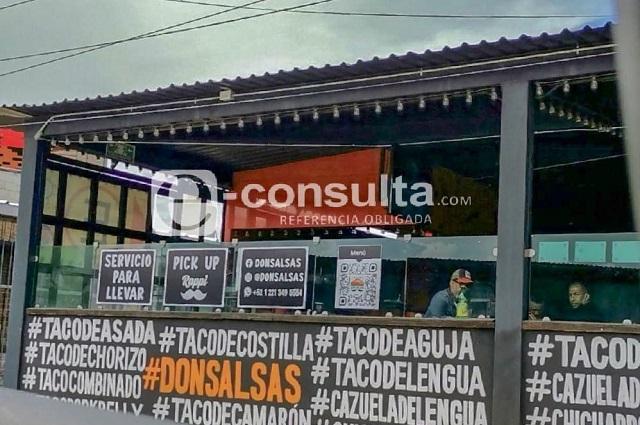 Reabren bares y restaurantes en Cholula con polémico programa
