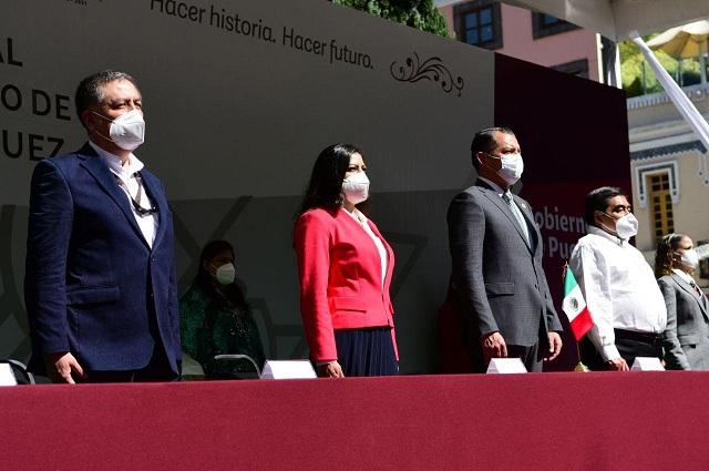 En la transformación de nuestro país, ni un paso atrás: Claudia Rivera