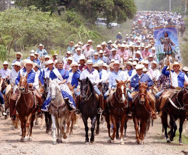 Acuerdan Puebla y Z. Mena promoción turística y cultural