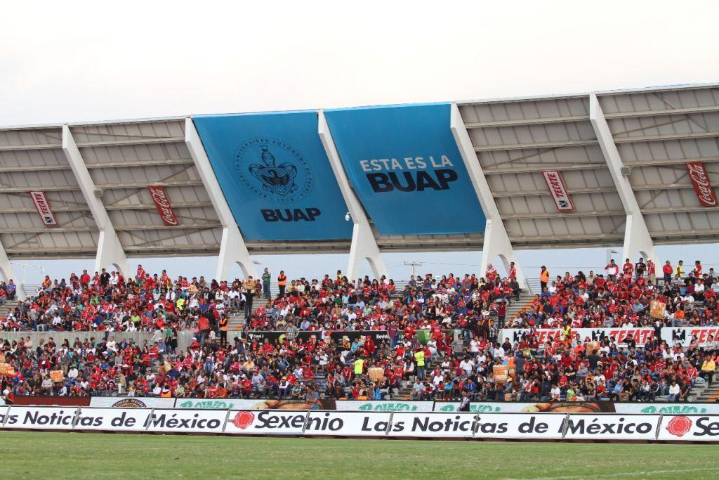¡Agárrense! Veracruz llegará al Universitario con 20 camiones de aficionados