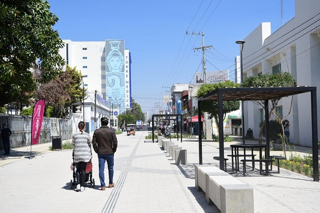 Ayuntamiento de Puebla abre corredor peatonal Plaza de la Salud