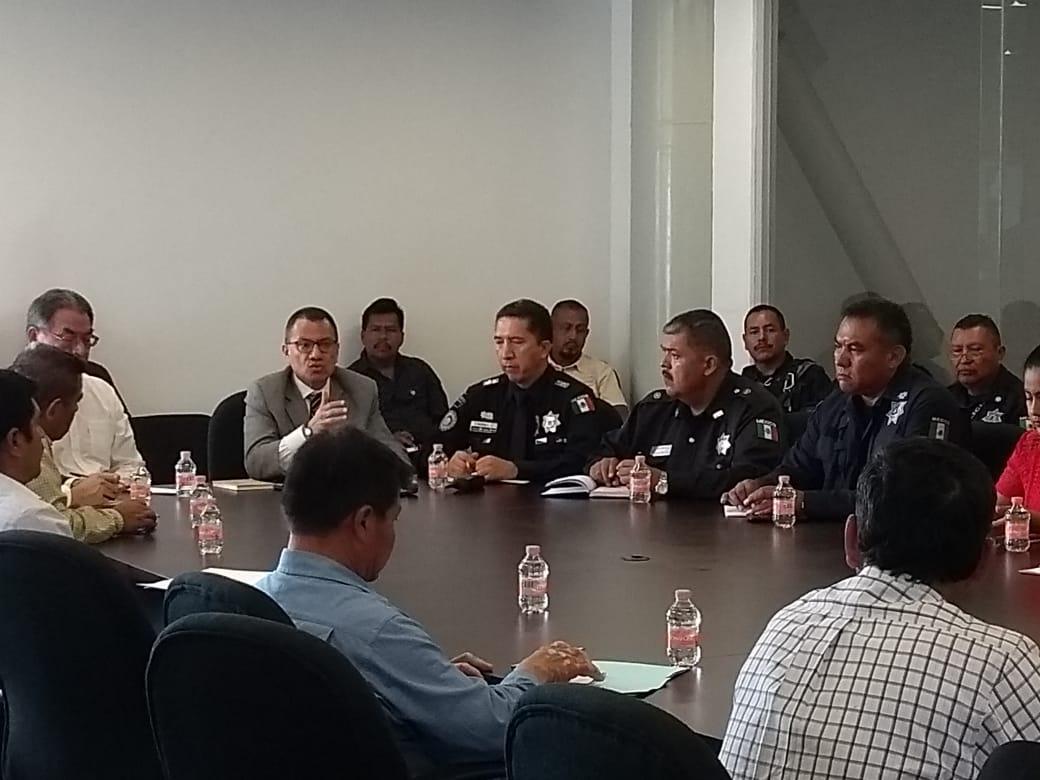 FGE se reunió con empresarios y  autoridades de Izúcar y Palmar