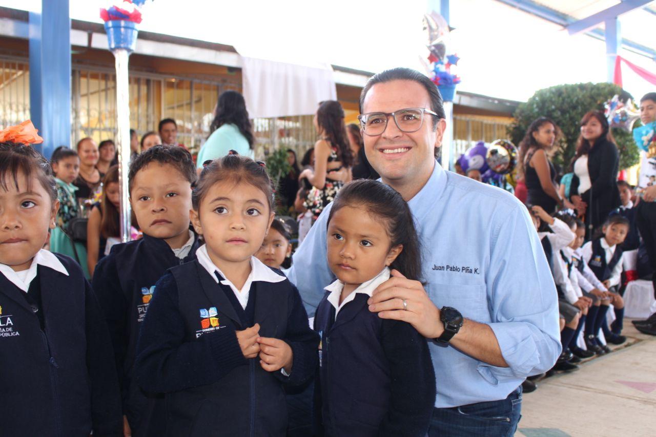 Inaugura Juan Pablo Piña obra en escuela de San Juan Xiutetelco