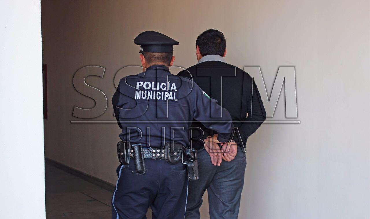 Policía Municipal de Puebla detiene a 13 presuntos delincuentes