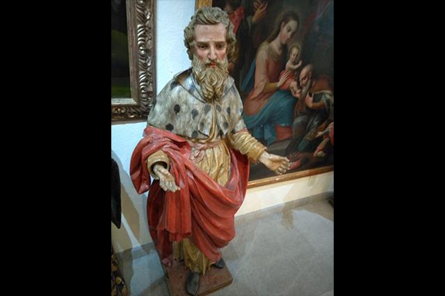 Ubica la PGR en una tienda arte sacro robado en Puebla en 2001