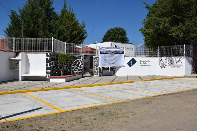 Entrega Luis Alberto Arriaga rehabilitación de Centro de Salud
