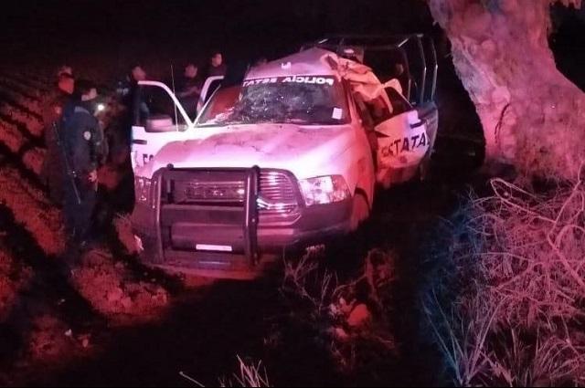 Muere policía estatal al chocar patrulla en Acatzingo