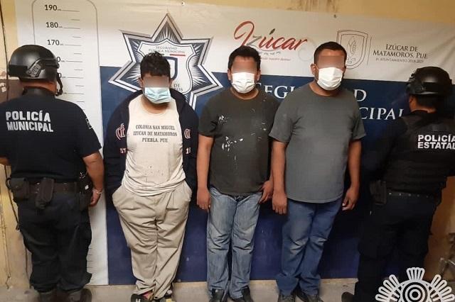 Detienen a 4 asaltantes en Amozoc e Izúcar
