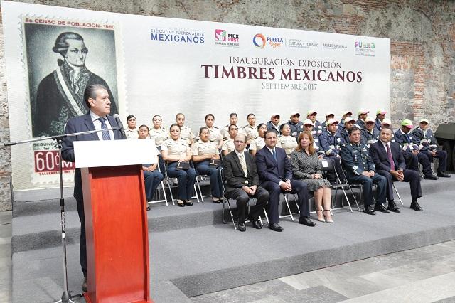 Inaugura Diódoro Carrasco Expo sobre historia en los timbres postales
