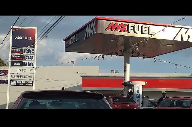 Abaratan gasolina en Puebla y ya ronda los 18 pesos la magna