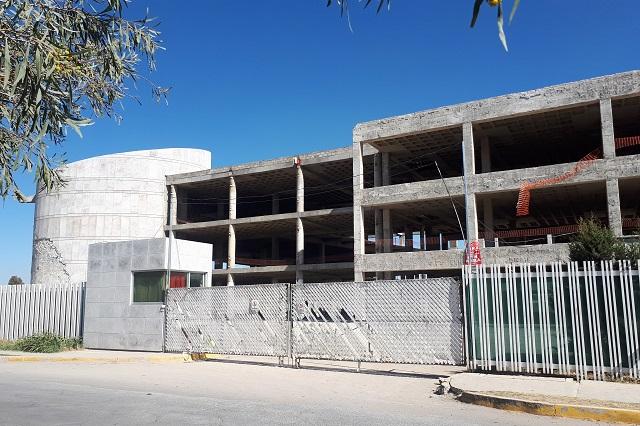 Frenan obra en nuevo hospital de San Alejandro a 5 meses de inicio