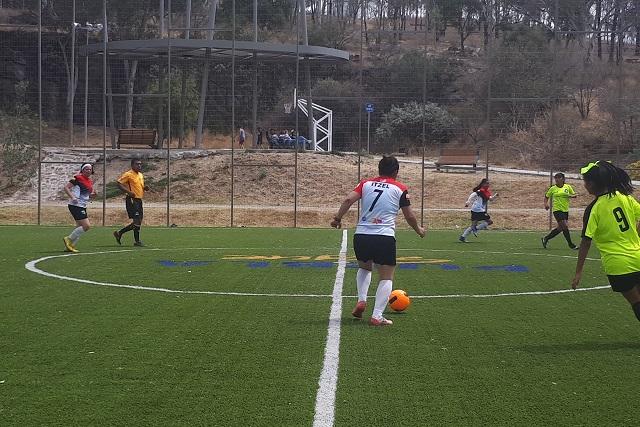 Compiten en torneo de fútbol para unir a la comunidad LGBTTTI