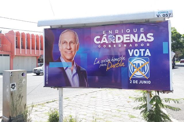 A un mes de elección sigue colgada propaganda en Puebla