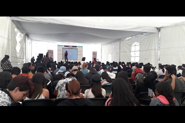 Dan pláticas de sexualidad a mujeres de zonas rurales de Atlixco