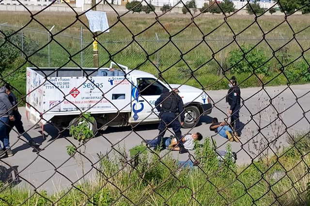 Tras balacera en Cuautlancingo recuperan camioneta robada