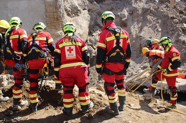 Se complica rescate de sepultado por alud en Texmelucan