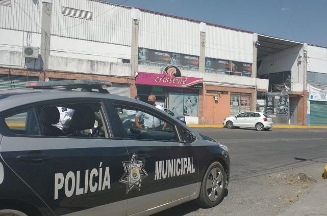 Narcos se enfrentan a balazos atrás de Servi Plaza Momoxpan