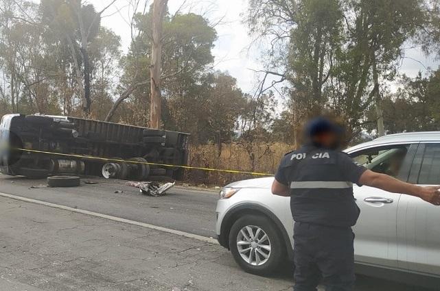 Muere mujer tras choque frontal en la México-Puebla