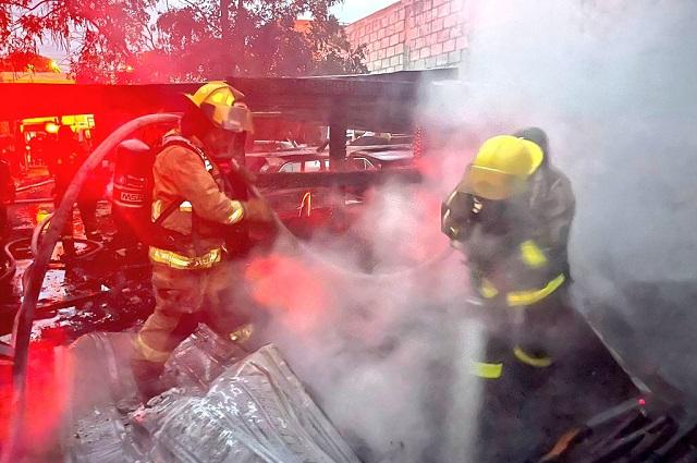 Se incendia una carpintería en Villa Posadas; cero heridos